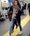 charlotte-casiraghi-at-linate-airport-in-milan-02-21-2017_1.jpg
